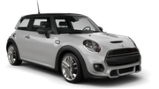 EDEL AND STARK LUXURY FLEET de Aluguer de carros Mini Sharjah - Intl Airport - Mini Cooper أو ما شابه
